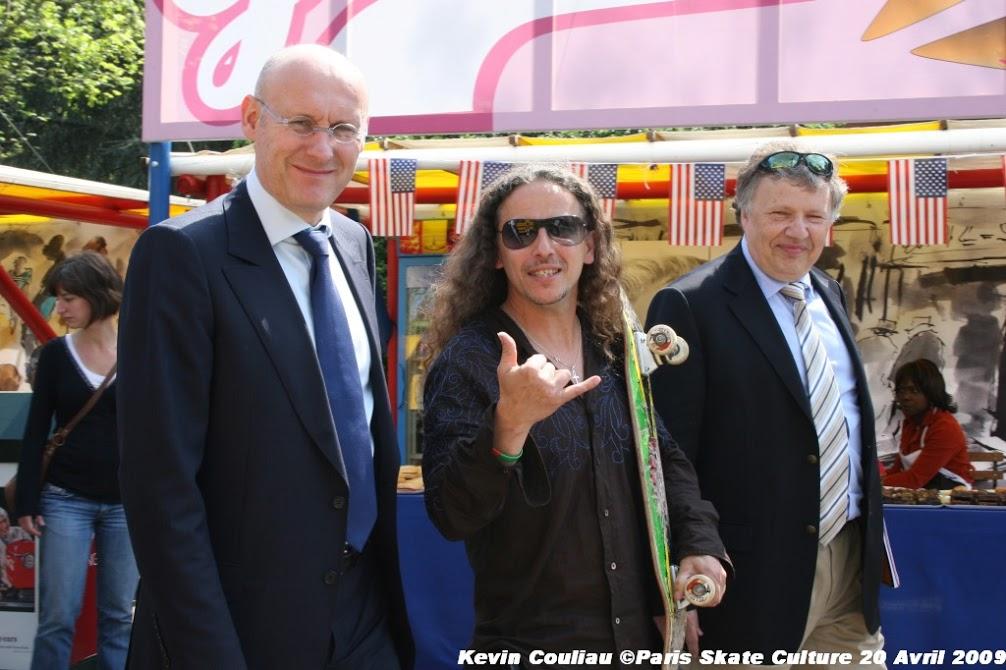 Visite de Bernard Laporte secretaire d'Etat Charge des Sports-image