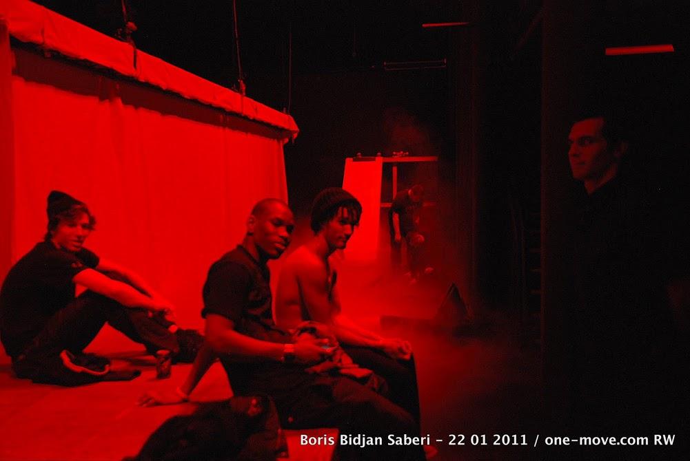 BORIS BIDJAN SABERI defile 2011-image