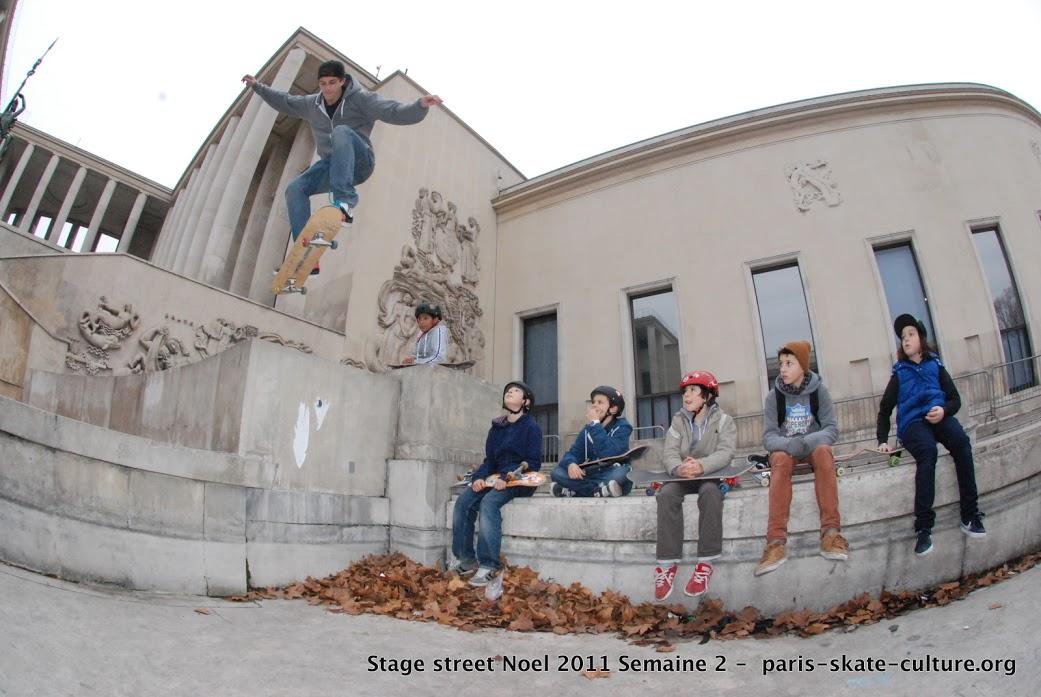stage street PSC noel 2-image